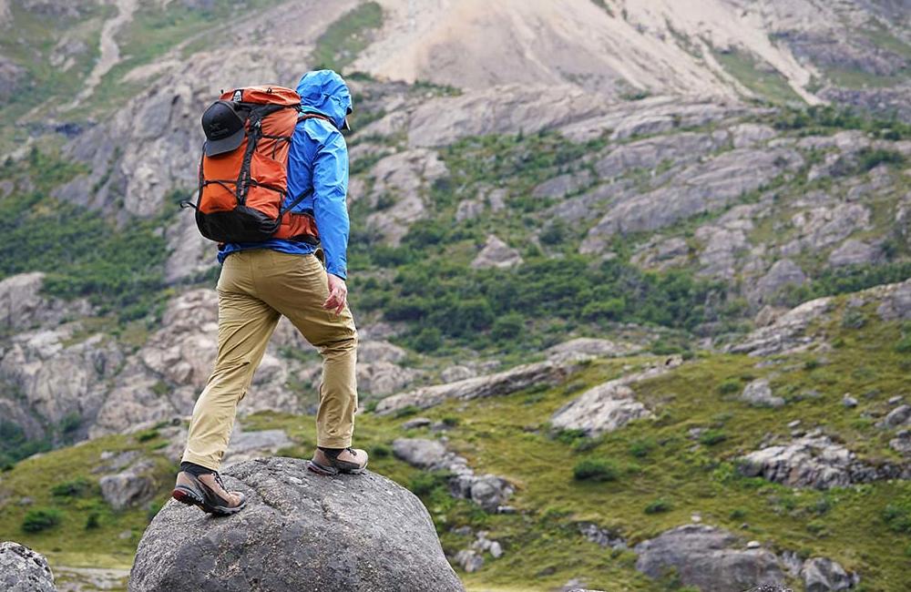Pantalone i bermude za planinarenje