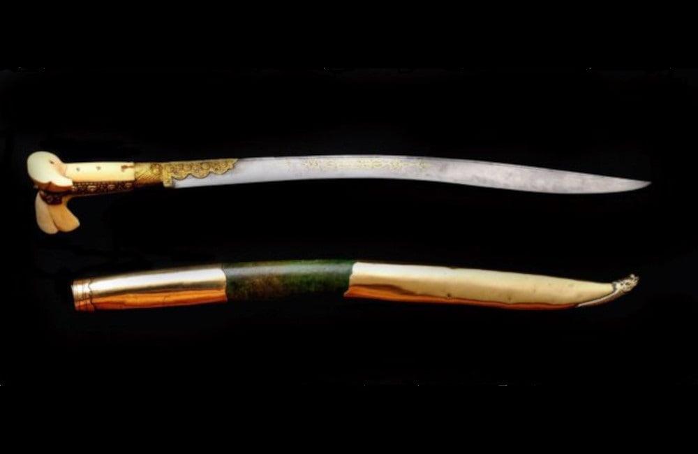Jatagan drevno oružje